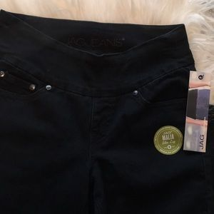 JAG Malia Slim Leg PULL ON Jean